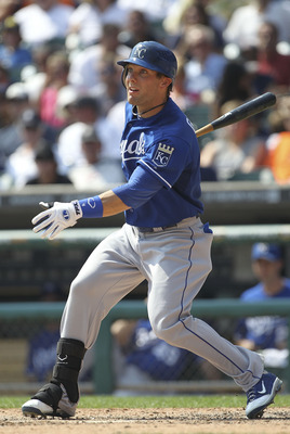 DETROIT - SEPTEMBER 01: Alex Gordon #4 of the Kansas City Royals singles to left field in the fifth inning during the game against the Detroit Tigers at Comerica Park on September 1, 2011 in Detroit, Michigan. The Royals defeated the Tigers 11-8. (Photo b