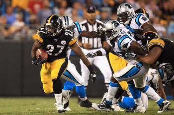 CHARLOTTE, NC - SEPTEMBER 01:  Jonathan Dwyer #27 of the Pittsburgh Steelers runs with the ball against the Carolina Panthers during their preseason game at Bank of America Stadium on September 1, 2011 in Charlotte, North Carolina.  (Photo by Streeter Lec