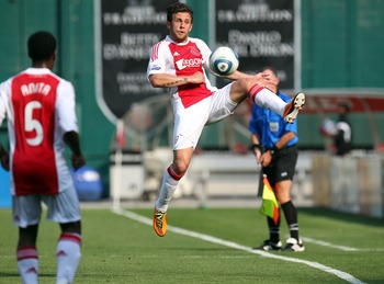 WASHINGTON, DC - MAY 22: Miralem Sulejmani #7 of Ajax controls the ball against D.C. United at RFK Stadium on May 22, 2011 in Washington, DC. (Photo by Ned Dishman/Getty Images)