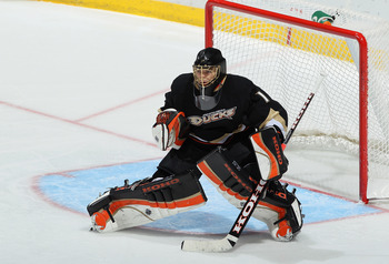 ANAHEIM, CA - JANUARY 05:  Goaltender Jonas Hiller #1 of the Anaheim Ducks defends his net against the Nashville Predators at the Honda Center on January 5, 2011 in Anaheim, California.  (Photo by Jeff Gross/Getty Images)
