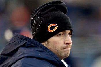CHICAGO, IL - JANUARY 23:  Quarterback Jay Cutler #6 of the Chicago Bears on the sideline in the third quarter after leaving the game with an injury against the Green Bay Packers in the NFC Championship Game at Soldier Field on January 23, 2011 in Chicago