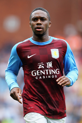 BIRMINGHAM, ENGLAND - AUGUST 20:  Charles N'Zogbia of Aston Villa in action during the Barclays Premier League match between Aston Villa and Blackburn Rovers at Villa Park on August 20, 2011 in Birmingham, England.  (Photo by Dean Mouhtaropoulos/Getty Ima