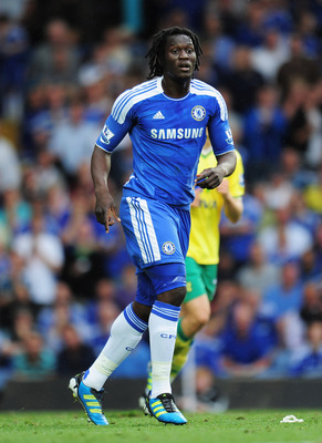 LONDON, ENGLAND - AUGUST 27:  Romelu Lukaku of Chelsea looks on during the Barclays Premier League match between Chelsea and Norwich City at Stamford Bridge on August 27, 2011 in London, England.  (Photo by Shaun Botterill/Getty Images)