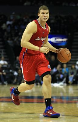 CHARLOTTE, NC - MARCH 07:  Blake Griffin #32 of the Los Angeles Clippers dribbles down the courtl during their game against the Charlotte Bobcats at Time Warner Cable Arena on March 7, 2011 in Charlotte, North Carolina. NOTE TO USER: User expressly acknow