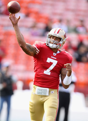 SAN FRANCISCO, CA - AUGUST 20:  Colin Kaepernick #7 of the San Francisco 49ers warms up before their game against the Oakland Raiders at Candlestick Park on August 20, 2011 in San Francisco, California.  (Photo by Ezra Shaw/Getty Images)