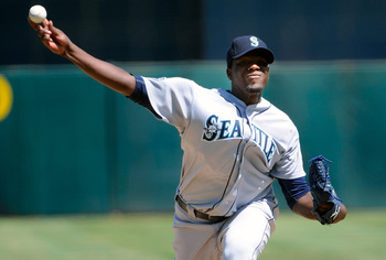OAKLAND, CA - SEPTEMBER 03: Michael Pineda #36 of the Seattle Mariners pitches against the Oakland Athletics in the first inning during an MLB baseball game at O.co Coliseum on September 3, 2011 in Oakland, California.  (Photo by Thearon W. Henderson/Gett