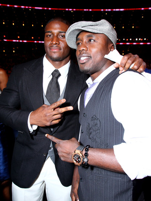 LOS ANGELES, CA - JULY 14:  NFL player Reggie Bush and boxer Andre Berto attend the 2010 ESPY Awards at Nokia Theatre L.A. Live on July 14, 2010 in Los Angeles, California.  (Photo by Alexandra Wyman/Getty Images for ESPY)