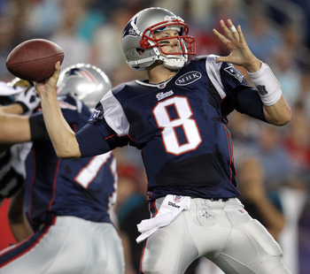 FOXBORO, MA - AUGUST 11:  Brian Hoyer #8 of the New England Patriots passes the ball in the second quarter against the Jacksonville Jaguars on August 11, 2011 at Gillette Stadium in Foxboro, Massachusetts.  (Photo by Elsa/Getty Images)