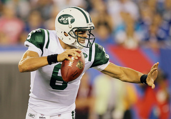 EAST RUTHERFORD, NJ - AUGUST 29:  Mark Sanchez #6 of the New York Jets looks to pass against the New York Giants during their pre season game on August 29, 2011 at MetLife Stadium in East Rutherford, New Jersey.  (Photo by Jim McIsaac/Getty Images)