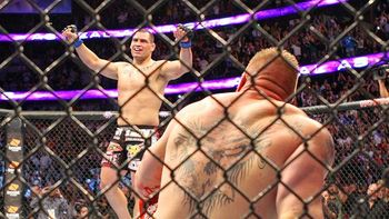 Cain Velasquez knocked out Brock Lesnar at UFC 121