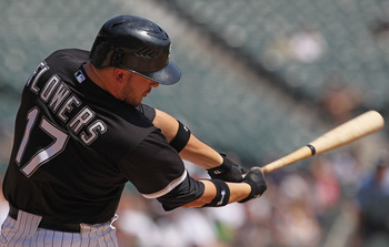 CHICAGO, IL - AUGUST 31:  Tyler Flowers #17 of the Chicago White Sox takes a swing against the Minnesota Twins at U.S. Cellular Field on August 31, 2011 in Chicago, Illinois. The Twins defeated the White Sox 7-6.  (Photo by Jonathan Daniel/Getty Images)