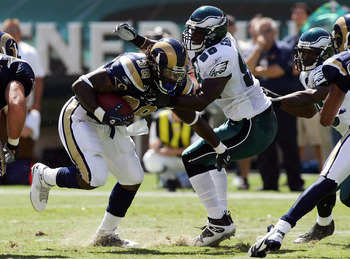 PHILADELPHIA - SEPTEMBER 07:  Steven Jackson #39 of the St. Louis Rams runs the ball against Omar Gaither #96 of the Philadelphia Eagles  on September 7, 2008 at Lincoln Financial Field in Philadelphia, Pennsylvania. The Eagles defeated the Rams 38-3.  (P