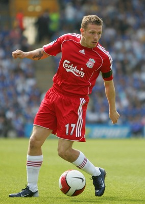 PORTSMOUTH, UNITED KINGDOM - APRIL 28:  Craig Bellamy of Liverpool in action during the Barclays Premiership match between Portsmouth and Liverpool at Fratton Park on April 28, 2007 in Portsmouth, England.  (Photo by Julian Finney/Getty Images)