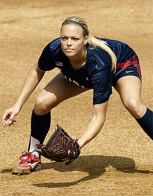 0826-jennie-finch_li_display_image_display_image