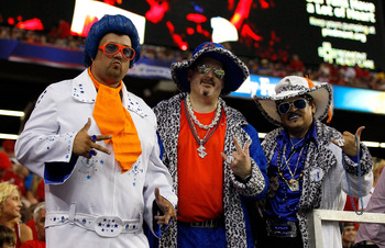 ATLANTA, GA - SEPTEMBER 03:  Fans of the Boise State Broncos pose for a photo before the game against the Georgia Bulldogs at Georgia Dome on September 3, 2011 in Atlanta, Georgia.  (Photo by Kevin C. Cox/Getty Images)