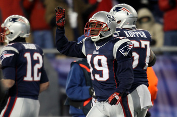 FOXBORO, MA - DECEMBER 06:  Brandon Tate #19 of the New England Patriots reacts after he scored a 4-yard touchdown reception in the first quarter against the New York Jets at Gillette Stadium on December 6, 2010 in Foxboro, Massachusetts.  (Photo by Elsa/