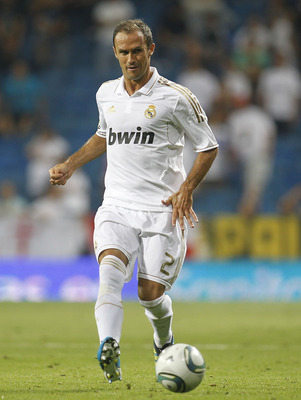MADRID, SPAIN - AUGUST 24: Ricardo Carvalho of Real Madrid in action during the Santiago Bernabeu Trophy match between Real Madrid and Galatasaray at Estadio Santiago Bernabeu on August 24, 2011 in Madrid, Spain.  (Photo by Angel Martinez/Getty Images)