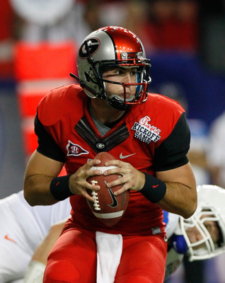 ATLANTA, GA - SEPTEMBER 03:  Aaron Murray #11 of the Georgia Bulldogs looks to pass against the Boise State Broncos at Georgia Dome on September 3, 2011 in Atlanta, Georgia.  (Photo by Kevin C. Cox/Getty Images)