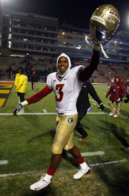 COLLEGE PARK, MD - NOVEMBER 22:  Myron Rolle #3 of the Florida State Seminoles walks off the field after defeating the Maryland Terrapins on November 22, 2008 at Byrd Stadium in College Park, Maryland.  (Photo by Jim McIsaac/Getty Images)