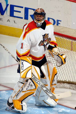 WASHINGTON - MARCH 18:  Roberto Luongo #1 of the Florida Panthers eyes the play against the Washington Capitals on March 18, 2006 at the Verizon Center in Washington, D.C.  The Panthers won in a shootout 4-3.  (Photo by Mitchell Layton/Getty Images)