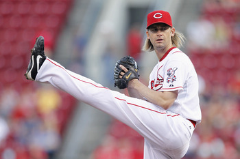 CINCINNATI, OH - AUGUST 30: Bronson Arroyo #61 of the Cincinnati Reds pitches against the Philadelphia Phillies at Great American Ball Park on August 30, 2011 in Cincinnati, Ohio. (Photo by Joe Robbins/Getty Images)