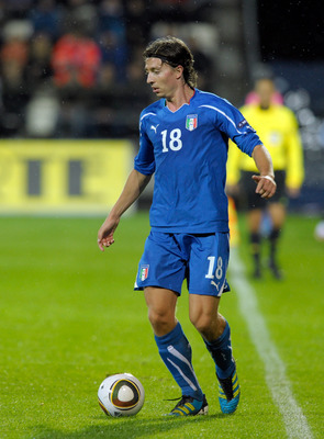 TORSHAVN, DENMARK - SEPTEMBER 02:  Riccardo Montolivo of Italy in action during the EURO 2012 Qualifier match between Faroe Islands and Italy at Torsvollur Stadium on September 2, 2011 in Torshavn, Denmark.  (Photo by Claudio Villa/Getty Images)