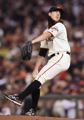 SAN FRANCISCO, CA - SEPTEMBER 03: Tim Lincecum #55 of the San Francisco Giants pitches against the Arizona Diamondbacks at AT&T Park on September 3, 2011 in San Francisco, California.  (Photo by Tony Medina/Getty Images)
