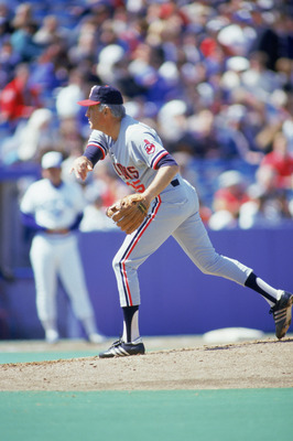 TORONTO - 1986:  Phil Niekro of the Cleveland Indians delivers a pitch during a game against the Toronto Blue Jays in 1986 at Exhibition Stadium in Toronto, Ontario, Canada. (Photo by Gray Mortimore/Getty Images)
