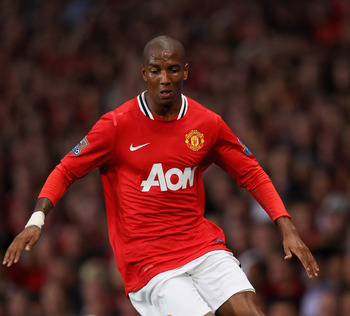MANCHESTER, ENGLAND - AUGUST 22:  Ashley Young of Manchester United with the ball during the Barclays Premier League match between Manchester United and Tottenham Hotspur at Old Trafford on August 22, 2011 in Manchester, England.  (Photo by Alex Livesey/G