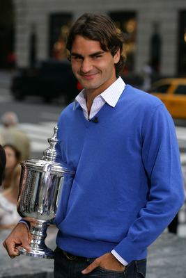 NEW YORK - SEPTEMBER 09:  Roger Federer the 2008 US Open Tennis Champion is a guest on the CBS The Early Show on September 9, 2008 in New York City.  (Photo by Chris Trotman/Getty Images for the USTA)
