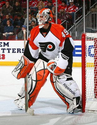 NEWARK, NJ - FEBRUARY 10:  Michael Leighton #49 of the Philadelphia Flyers skates against the New Jersey Devils at the Prudential Center on February 10, 2010 in Newark, New Jersey. Flyers defeated the Devils 3-2 in OT.  (Photo by Mike Stobe/Getty Images)