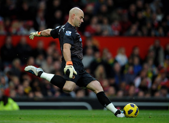 MANCHESTER, ENGLAND - NOVEMBER 06:  Marcus Hahnemann of Wolverhampton Wanderers in action during the Barclays Premier League match between Manchester United and Wolverhampton Wanderers at Old Trafford on November 6, 2010 in Manchester, England.  (Photo by