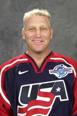 COLUMBUS, OH - AUGUST 20:  Brett Hull of Team USA poses for a portrait during camp at Nationwide Arena in Columbus, Ohio on August 20, 2004.  (Photo By Jamie Sabau/WCOH via Getty Images)