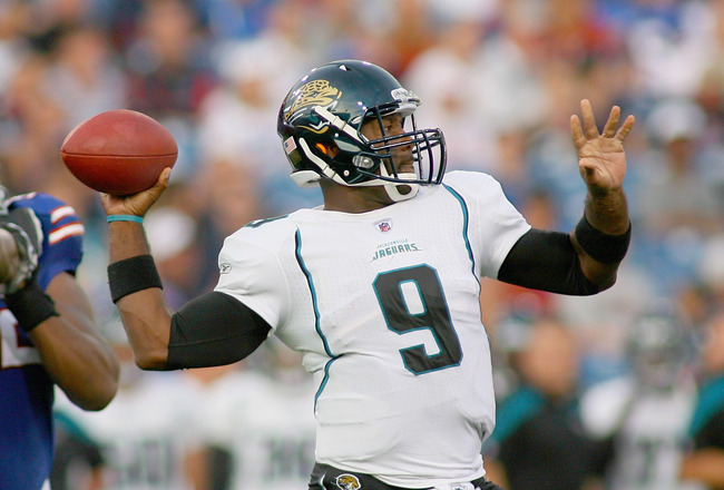 ORCHARD PARK, NY - AUGUST 27: David Garrard #9 of the Jacksonville Jaguars throws against the Jacksonville Jaguars at Ralph Wilson Stadium on August 27, 2011 in Orchard Park, New York.  (Photo by Rick Stewart/Getty Images)