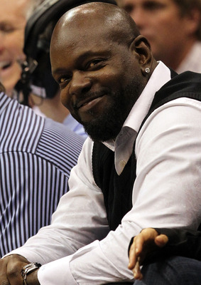 DALLAS, TX - JANUARY 19:  Former NFL player Emmitt Smith at American Airlines Center on January 19, 2011 in Dallas, Texas.  NOTE TO USER: User expressly acknowledges and agrees that, by downloading and or using this photograph, User is consenting to the t