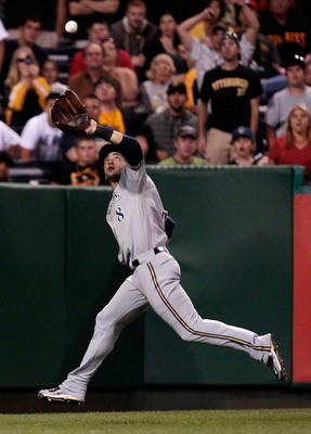 PITTSBURGH - AUGUST 22:  Ryan Braun #8 of the Milwaukee Brewers makes a catch in right field against the Pittsburgh Pirates during the game on August 2, 2011 at PNC Park in Pittsburgh, Pennsylvania.  (Photo by Jared Wickerham/Getty Images)