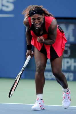 NEW YORK, NY - SEPTEMBER 03:  Serena Williams of the United States reacts after a point against Victoria Azarenka of Belarus during Day Six of the 2011 US Open at the USTA Billie Jean King National Tennis Center on September 3, 2011 in the Flushing neighb
