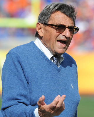 TAMPA, FL - JANUARY 1:  Coach Joe Paterno of the Penn State Nittany Lions directs play against the Florida Gators January 1, 2011 in the 25th Outback Bowl at Raymond James Stadium in Tampa, Florida.  (Photo by Al Messerschmidt/Getty Images)