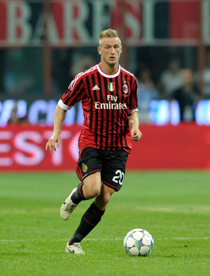 MILAN, ITALY - AUGUST 21:  Ignazio Abate of AC Milan during the Berlusconi Trophy match between AC Milan and Juventus FC at Giuseppe Meazza Stadium on August 21, 2011 in Milan, Italy.  (Photo by Claudio Villa/Getty Images)