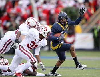 November 20, 2010 Cal WR Marvin Jones is a top target of Zach Maynard this year