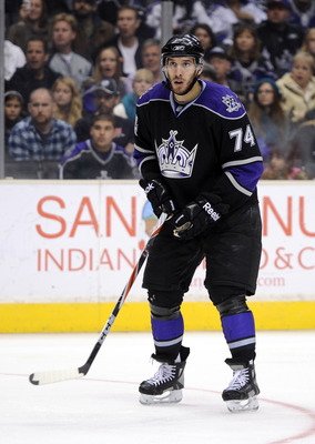 LOS ANGELES, CA - NOVEMBER 17:  Dwight King #74 of the Los Angeles Kings plays in his first game of the season against the Columbus Blue Jackets during the third period at the Staples Center on November 17, 2010 in Los Angeles, California.  (Photo by Harr