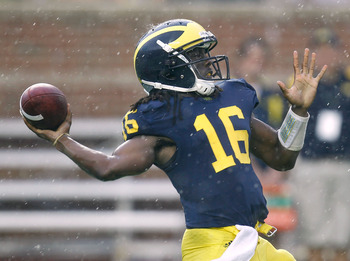 ANN ARBOR, MI - SEPTEMBER 03:  Denard Robinson #16 of the Michigan Wolverines gets ready to throw a third quarter pass while playing the Western Michigan Broncos at Michigan Stadium on September 3, 2010 in Ann Arbor, Michigan. The Wolverines defeated the