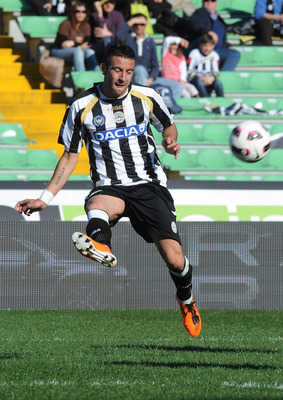 UDINE, ITALY - MARCH 20:  Mauricio Isla of Udinese in action during the Serie A match between Udinese Calcio and Catania Calcio at Stadio Friuli on March 20, 2011 in Udine, Italy.  (Photo by Dino Panato/Getty Images)