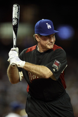 PHOENIX, AZ - JULY 10:  Former MLB player Steve Garvey at bat during the 2011 Taco Bell All-Star Legends & Celebrity Softball Game at Chase Field on July 10, 2011 in Phoenix, Arizona.  (Photo by Christian Petersen/Getty Images)