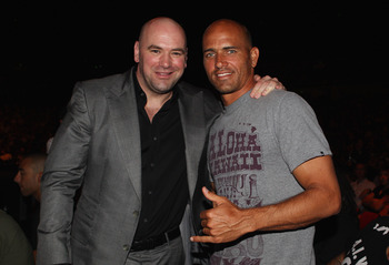 SYDNEY, AUSTRALIA - FEBRUARY 27:  UFC President Dana White poses with professional surfer Kelly Slater at UFC 127 at Acer Arena on February 27, 2011 in Sydney, Australia.  (Photo by Mark Kolbe/Getty Images)