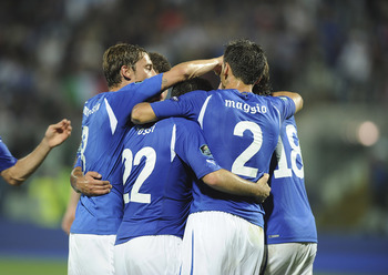 MODENA, ITALY - JUNE 03: Antonio Cassano of Italy celebrates scoring his team's second goal with his team-mates  during the UEFA EURO 2012 Group C qualifying match between Italy and Estonia on June 3, 2011 in Modena, Italy.  (Photo by Dino Panato/Getty Im