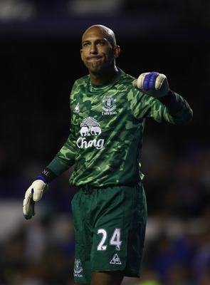 LIVERPOOL, ENGLAND - AUGUST 05:  Tim Howard of Everton in action with of Villarreal during the pre season friendly match between Everton and Villarreal  at Goodison Park on August 5, 2011 in Liverpool, England.  (Photo by Clive Brunskill/Getty Images)