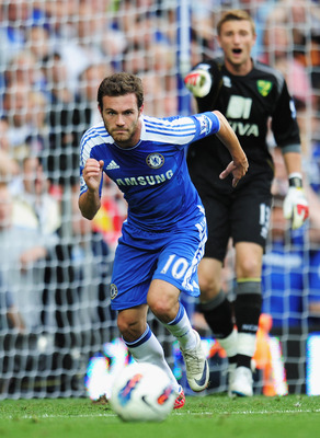 LONDON, ENGLAND - AUGUST 27:  Juan Mata of Chelsea in action during the Barclays Premier League match between Chelsea and Norwich City at Stamford Bridge on August 27, 2011 in London, England.  (Photo by Shaun Botterill/Getty Images)