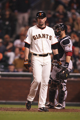 SAN FRANCISCO, CA - SEPTEMBER 03: Aubrey Huff #17 of the San Francisco Giants at bat during a game against the Arizona Diamondbacks at AT&amp;T Park on September 3, 2011 in San Francisco, California.  (Photo by Tony Medina/Getty Images)