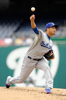 WASHINGTON, DC - SEPTEMBER 05:  Hiroki Kuroda #18 of the Los Angeles Dodgers pitches against the Washington Nationals at Nationals Park on September 5, 2011 in Washington, DC.  (Photo by Greg Fiume/Getty Images)
